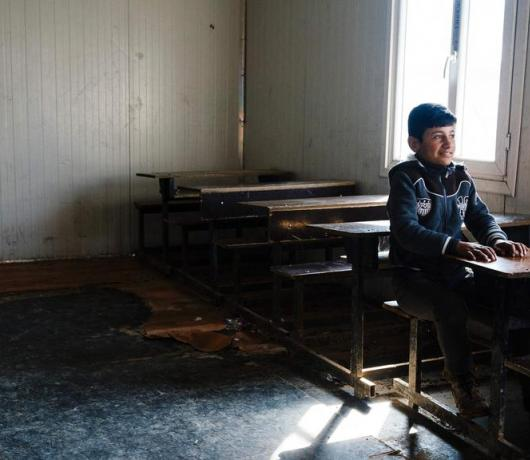 Joy and Concern as Pupils Return to School in Mosul