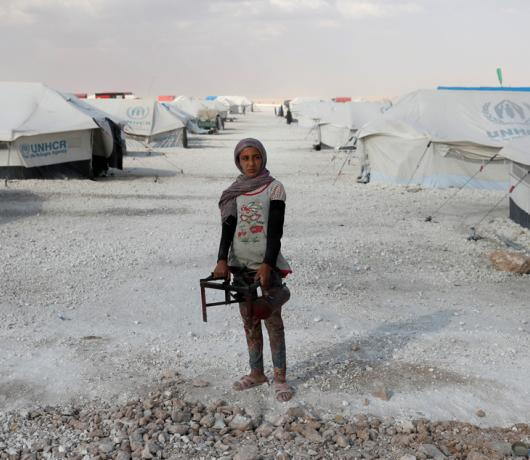 Asharq Al-Awsat at Ain Issa Camp: Food, Suffering Unite the Displaced