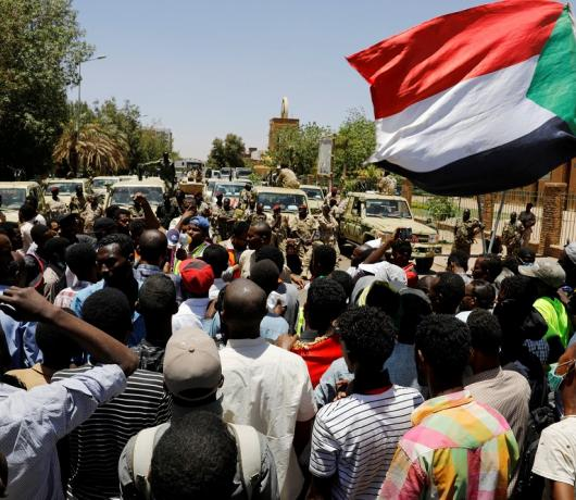 Sudan Communist Party Chief to Asharq Al-Awsat: We Want to Erase Traces of Islamist Rule