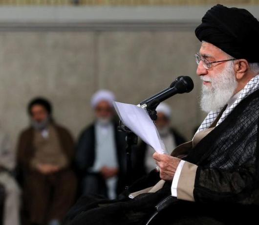 Sistani and Khamenei: The Kid Glove and the Iron Fist