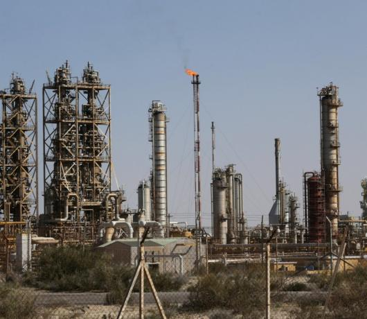 Exclusive - Closure of Libya Oil Ports Revives Demands for Equal Division of Revenues