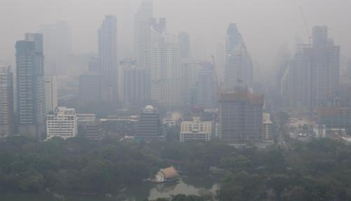 Air Pollution Causes Miscarriages as Much as Smoking