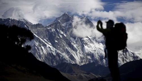 Dead Bodies Exposed Amid Melting Glaciers in Mount Everest