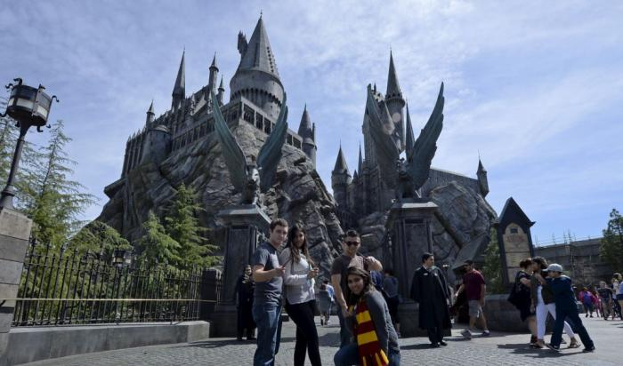 Hollywood Christmas Celebrations with Harry Potter's Magic