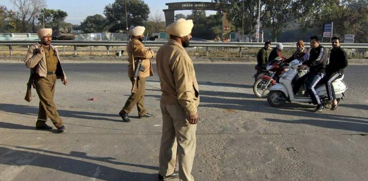 Indian Policemen Arrested after Refusing to Help Injured Teens