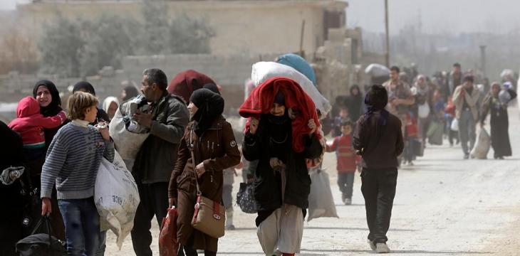 Syrian Rebels, Families Begin Evacuation from Eastern Ghouta's Harasta