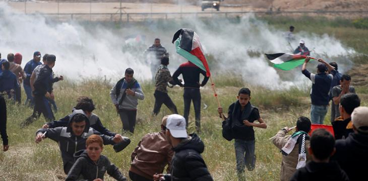 Palestinian Journalist Shot by Israeli Forces in Gaza Protests Dies