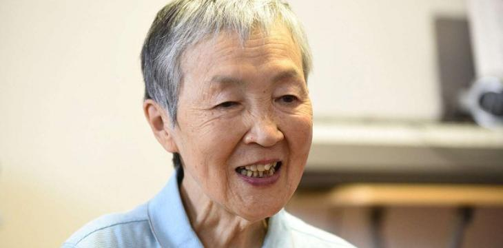 Old Woman Leads Japanese Elderly to Tech Era