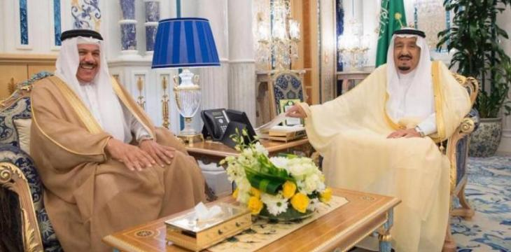 King Salman Receives GCC Secretary-General, Dean of the Diplomatic Corps