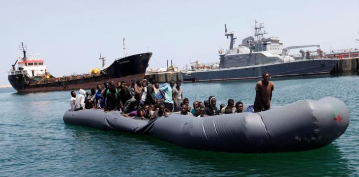 Navy: Nearly 1,000 Migrants Rescued off Libya Coast