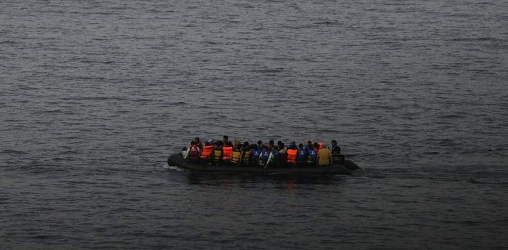 Child Drowns as Boat Carrying Syrian Refugees Sinks off Lebanon