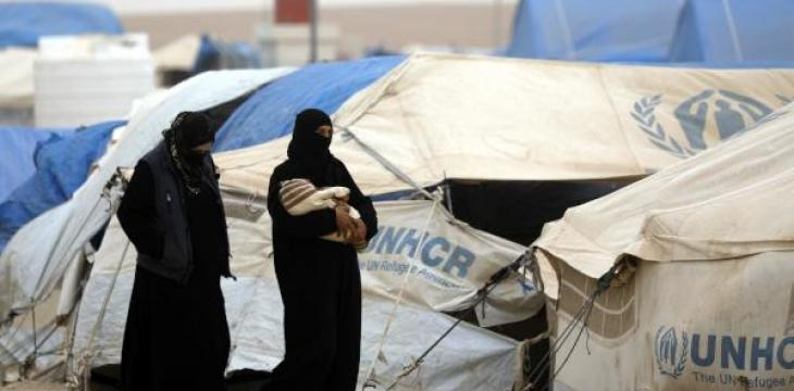 Outside Raqqa, Displaced Syrians Brace for Winter in Tents