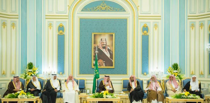 King Salman Receives Princes, Grand Mufti