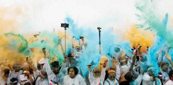 'Happiest 5K on the Planet' Douses Khobar Corniche in Color