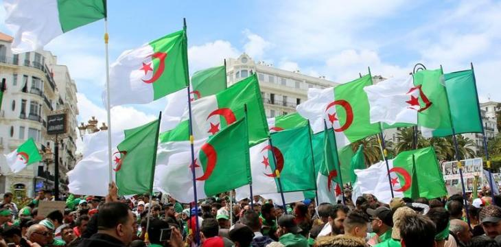 Algerian Army Chief Holds Onto Interim President despite Protests