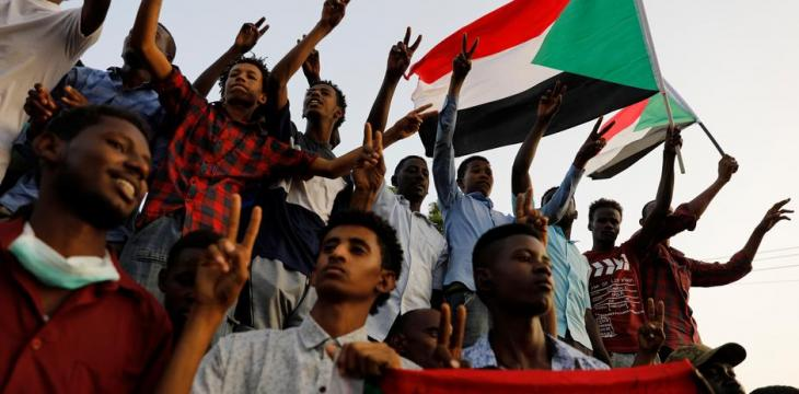 Sudan Opposition Member to Asharq Al-Awsat: We Agreed with Military on Security Council