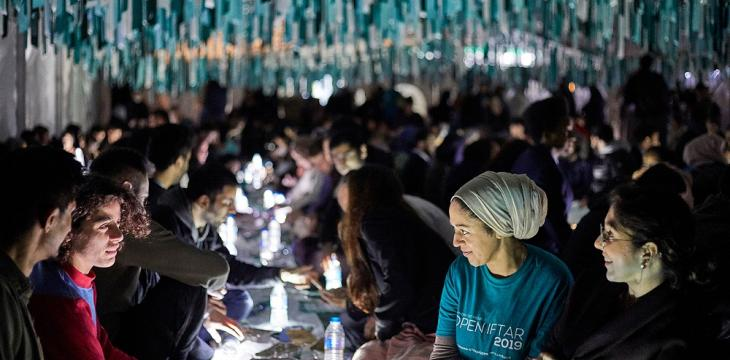 Ramadan Tent Project Prepares Iftar Meals in Britain