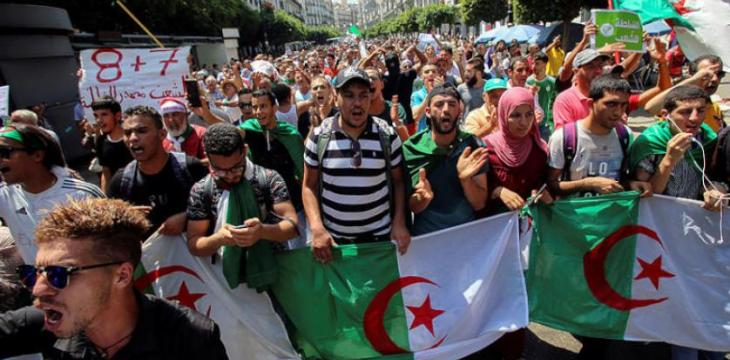 Algerian Students Vow to Continue Demonstrations Until Regime's Departure
