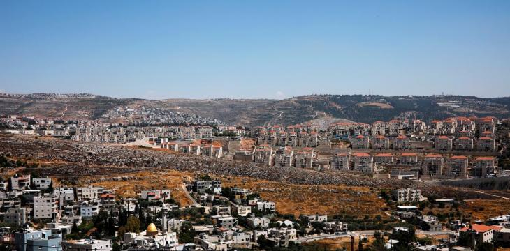 Israeli Settlers and the Palestinians They Live Among