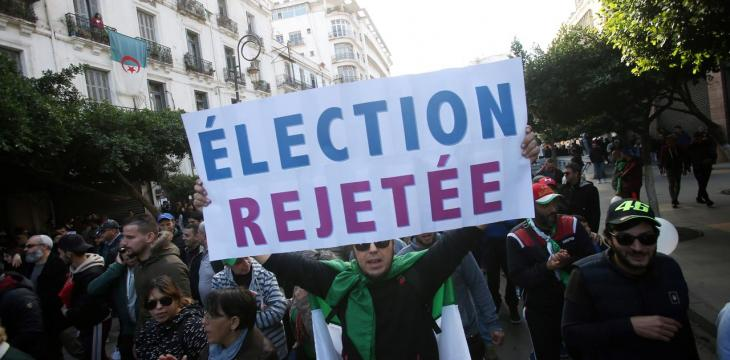 Untiring Protesters Come up against Immovable Elite in Algeria