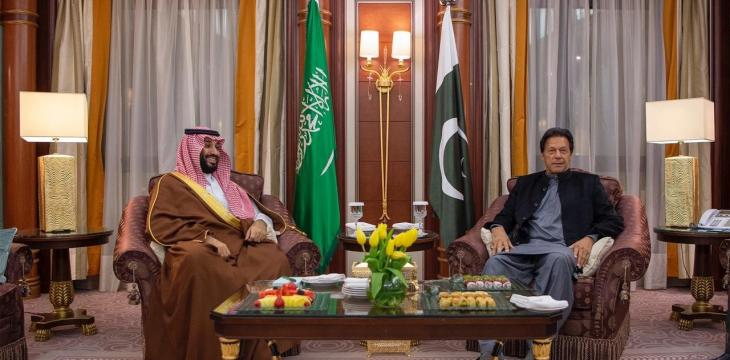 Saudi Crown Prince Receives Pakistani PM in Riyadh