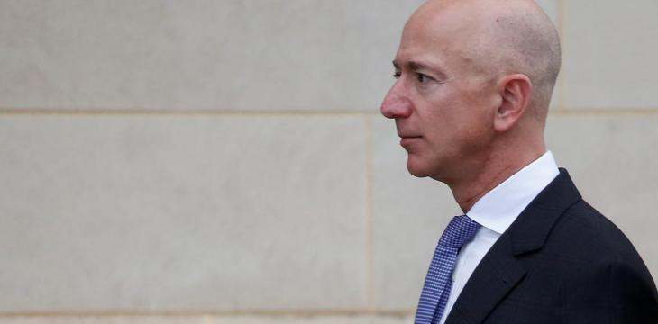 Prosecutors Have Evidence Brother of Bezos' Girlfriend Leaked Texts to Media