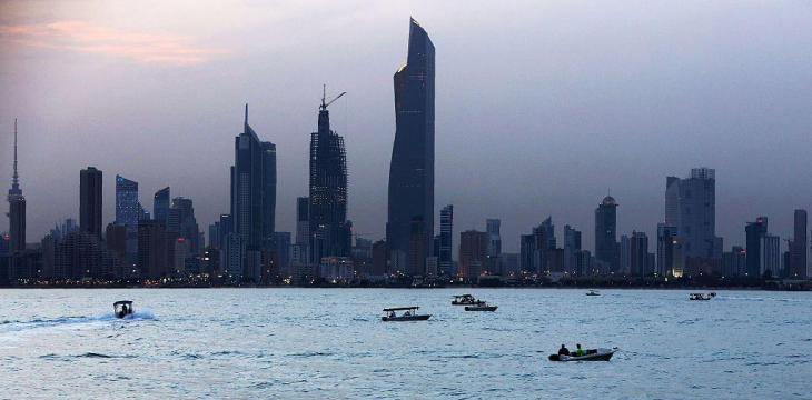 Kuwait Bars Entry of Ships from Iran over Coronavirus Fears