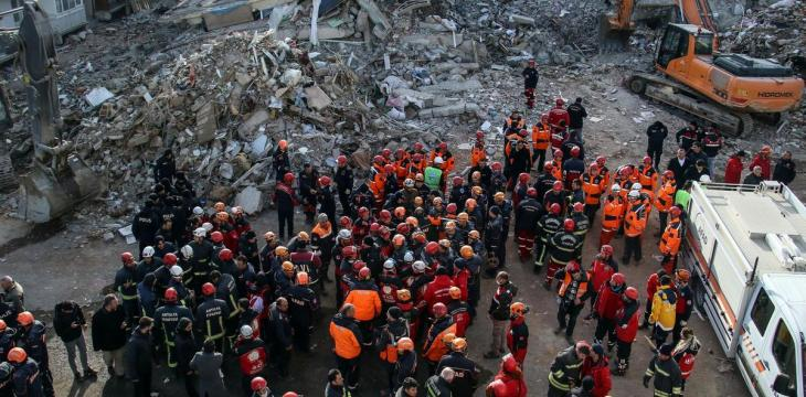 8 Dead in Turkey after Earthquake Hits Iran Border Area