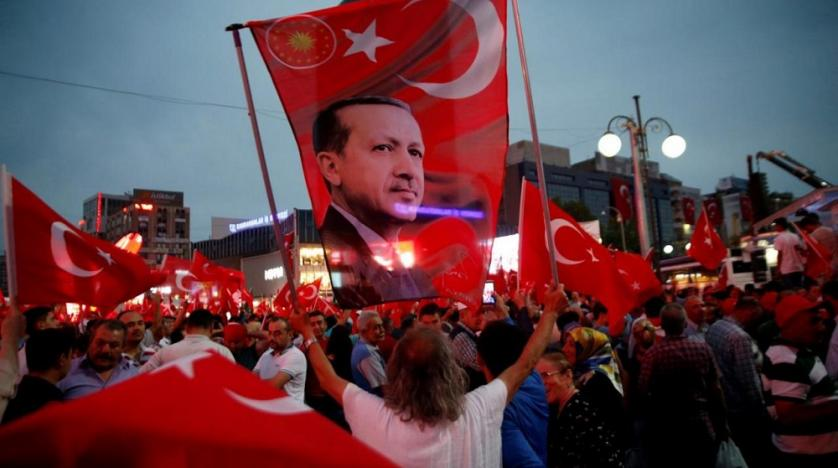 Turkey sacks some 2700 more public sector workers
