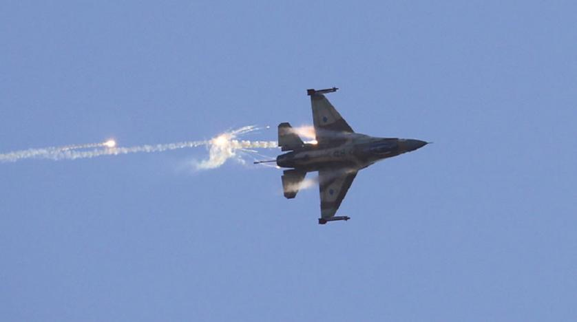 Israel carries out several attacks on Syrian military positions