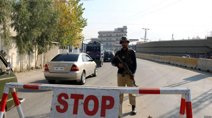 Taliban bomber kills 11 soldiers in Pakistan's Swat Valley