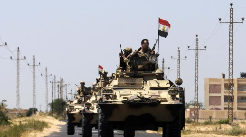Egyptian air force pounds Sinai militants