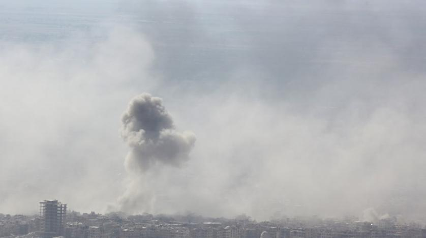 Smoke billows in the town of Douma in Syria's Eastern Ghouta