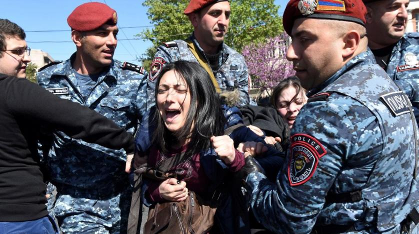 dozens_arrested_in_anti-government_prote