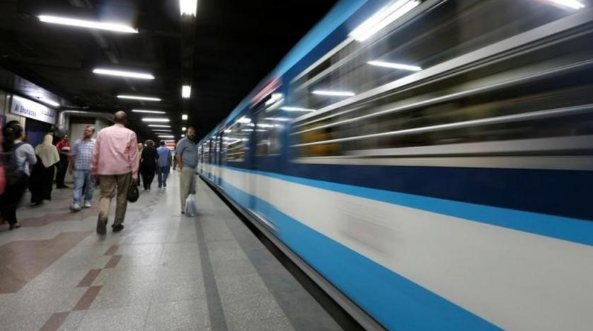 Egypt beefs up security outside metro stations