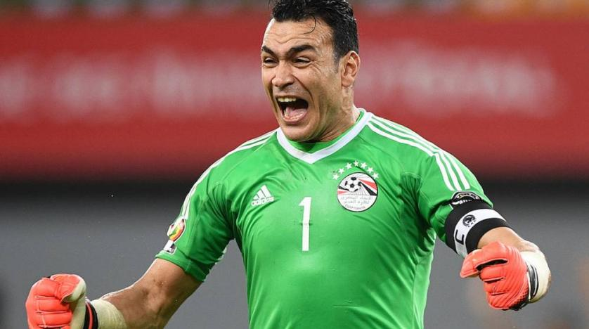 essam el hadary egypt s 45 year old goalkeeper stands on brink of