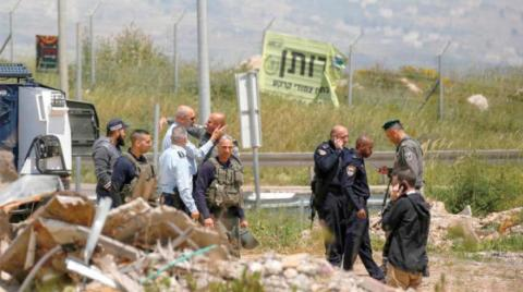 Israeli Forces Injure Palestinian in West Bank, Claim They Thwarted Stabbing Attack