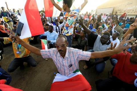 Sudan: New Wave of Protests Call on Military to Hand Over Power