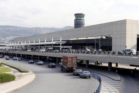 Lebanon Denies Forcing Syrians Home from Beirut Airport