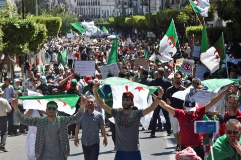 Algeria: Angry Protesters Storm Meeting of National Commission for Dialogue