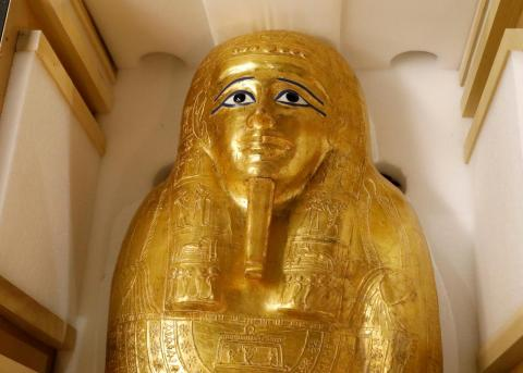 Officials Say Ancient Gilded Coffin Arrived in Egypt