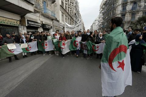 Thousands March in Algerian Capital Vowing to Keep up Movement